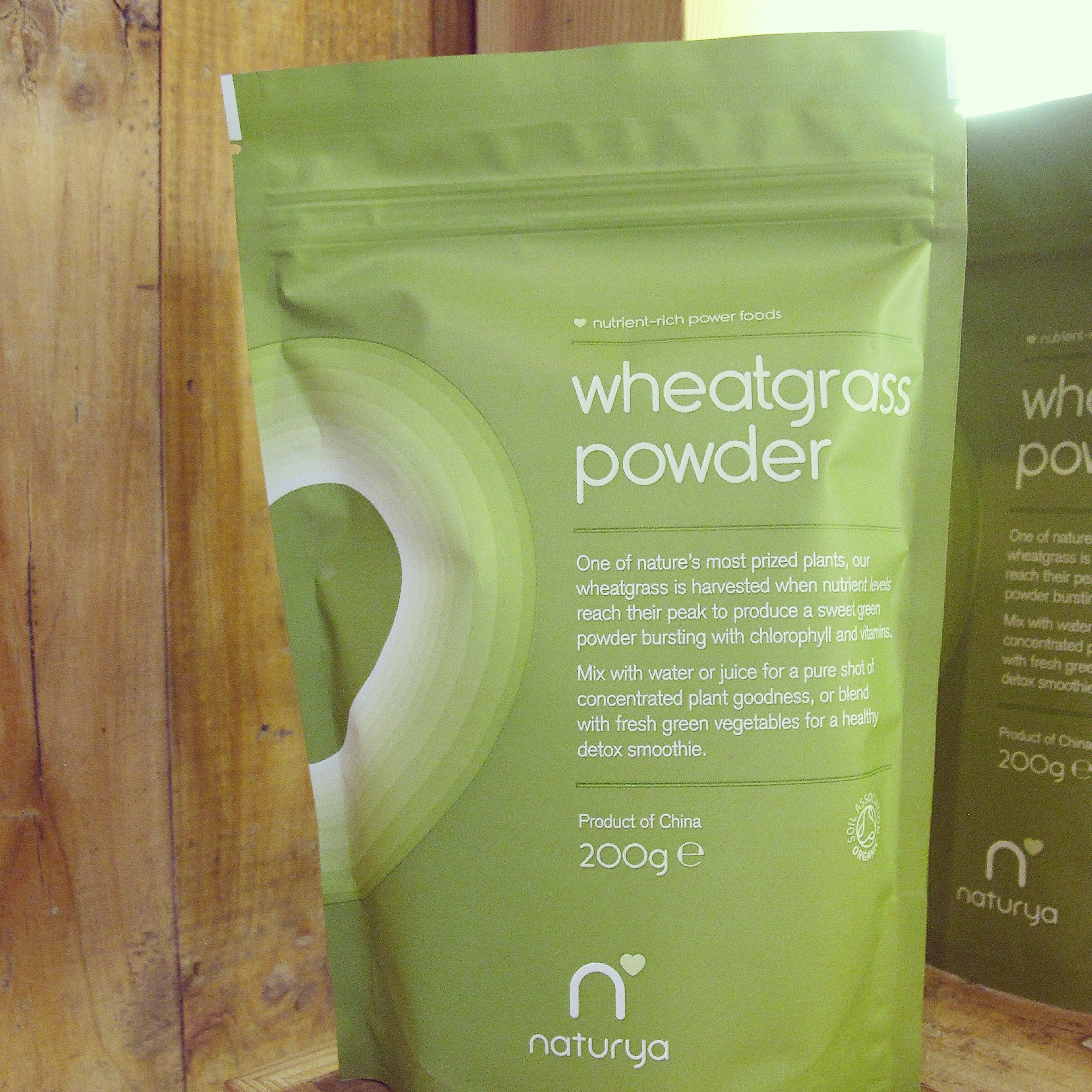 Descubre Wheatgrass Powder de Naturya